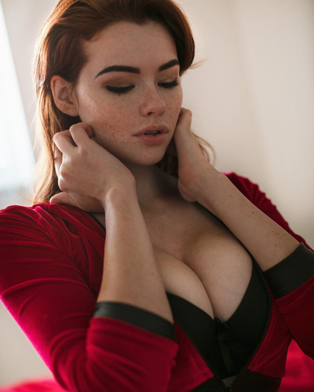 Cleavage Lizzie Kelly nude (49 photos), Sexy