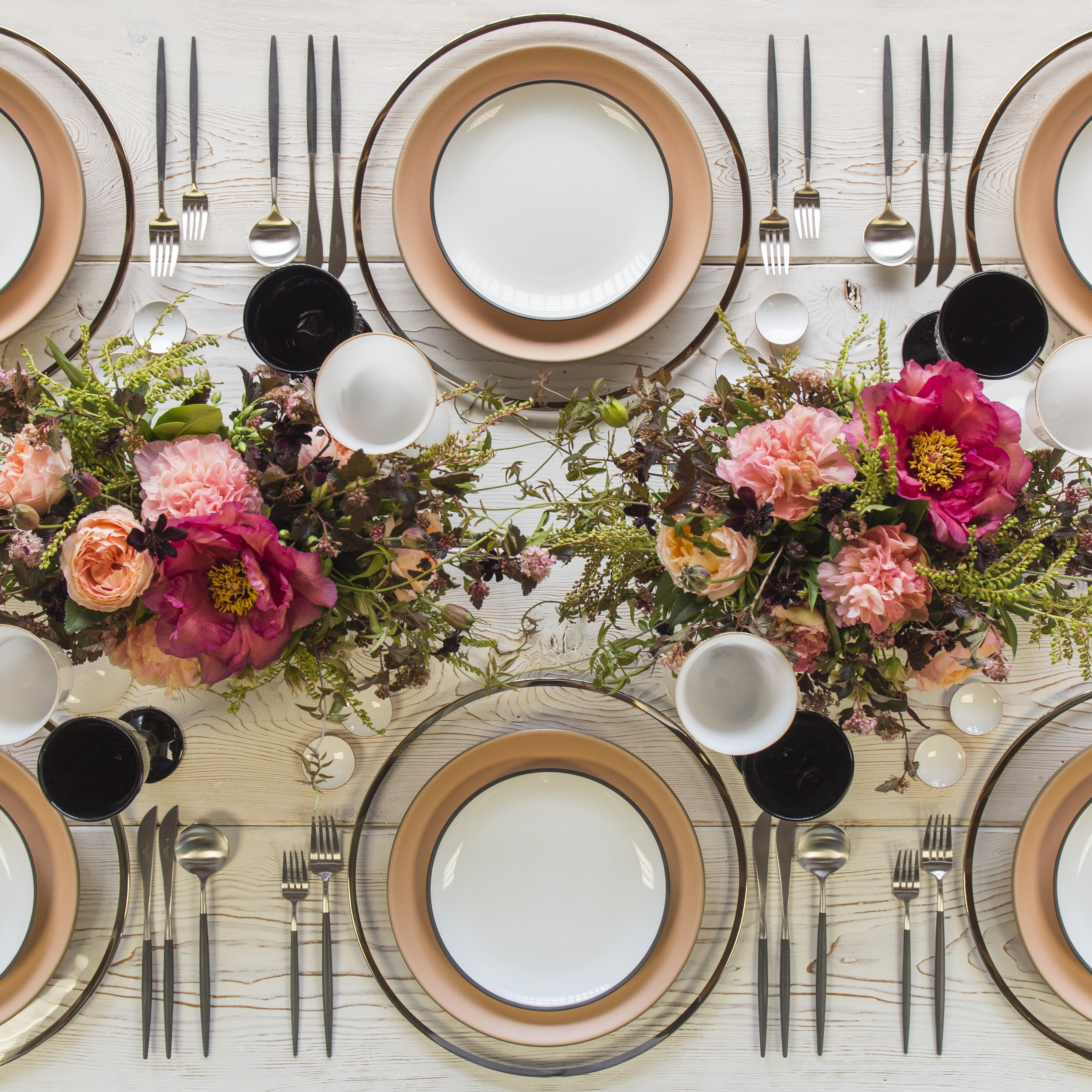 RENT Halo Glass Chargers in Platinum + Heath Ceramic Dinnerware in Sunrise + Maison Collection & RENT: Halo Glass Chargers in Platinum + Heath Ceramic Dinnerware in ...