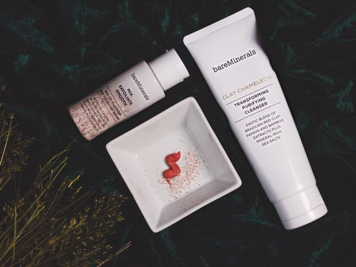 bareMinerals Clay Chameleon & Mix Exfoliate. Smooth