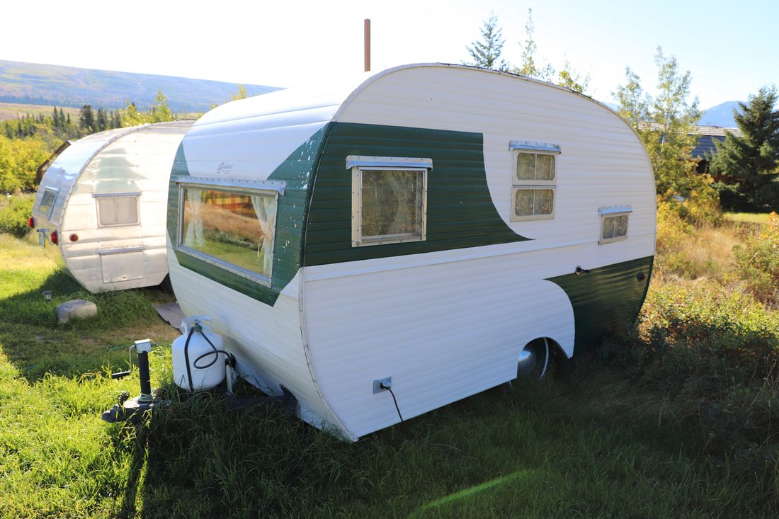 Vintage Camper Trailers For Sale 1954 Cardinal 12ft Long Approx 1500lbs This Camper Is In Great Vintage Camper Vintage Motorhome Vintage Camper Interior