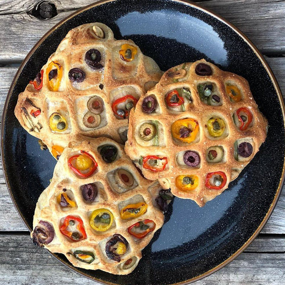 Photo of This Quilted Focaccia Bun Is the Most Beautiful Bread We've Ever Seen