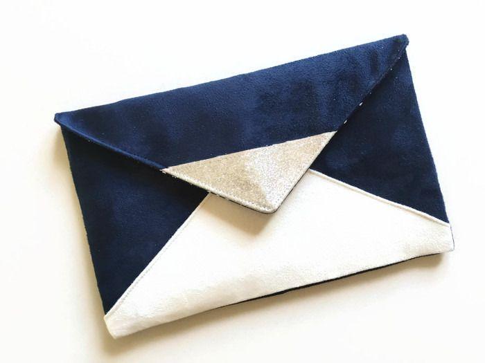 pochette de soir e bleu marine et blanche en su dine et. Black Bedroom Furniture Sets. Home Design Ideas
