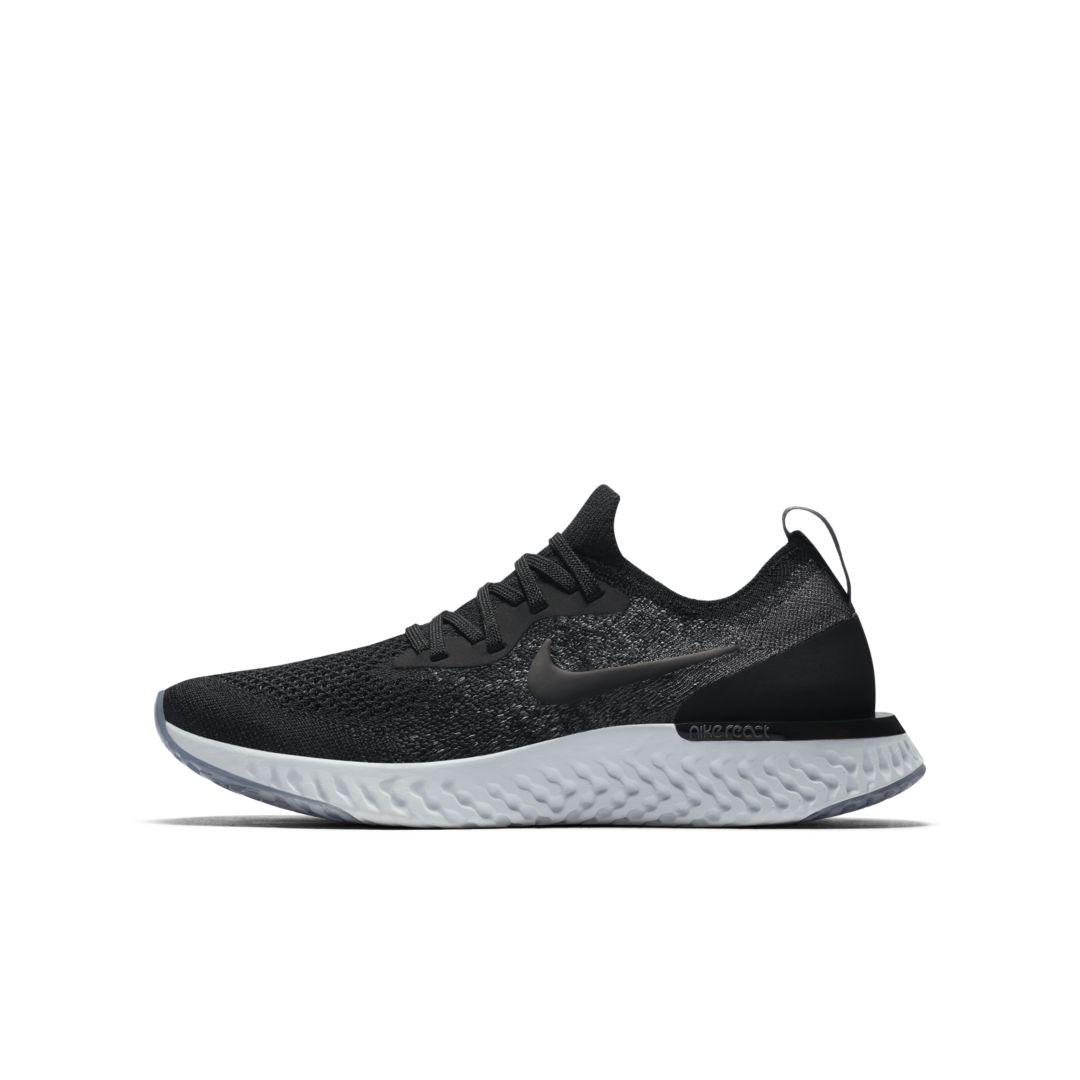 Nike Epic React Flyknit Big Kids  Running Shoe Size 5Y (Black ... 30c576745010