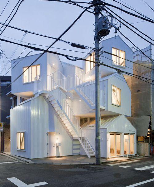 tokyo apartment by sou fujimoto architect tolle h user. Black Bedroom Furniture Sets. Home Design Ideas