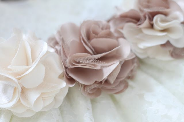 Do it yourself divas diy satin and tulle ruffle flower hair piece do it yourself divas diy satin and tulle ruffle flower hair piece solutioingenieria Gallery