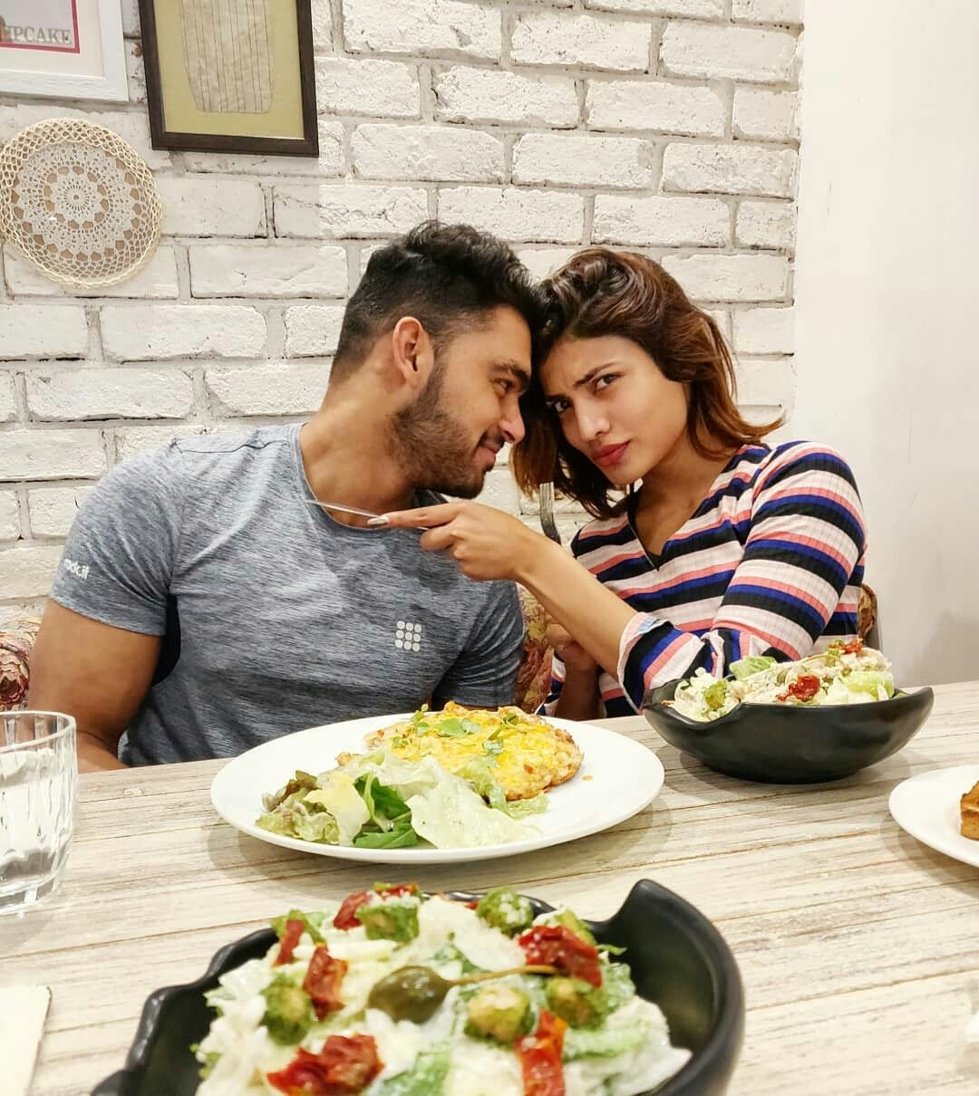 Pin Samiksha Mtv Couple Photos Photo