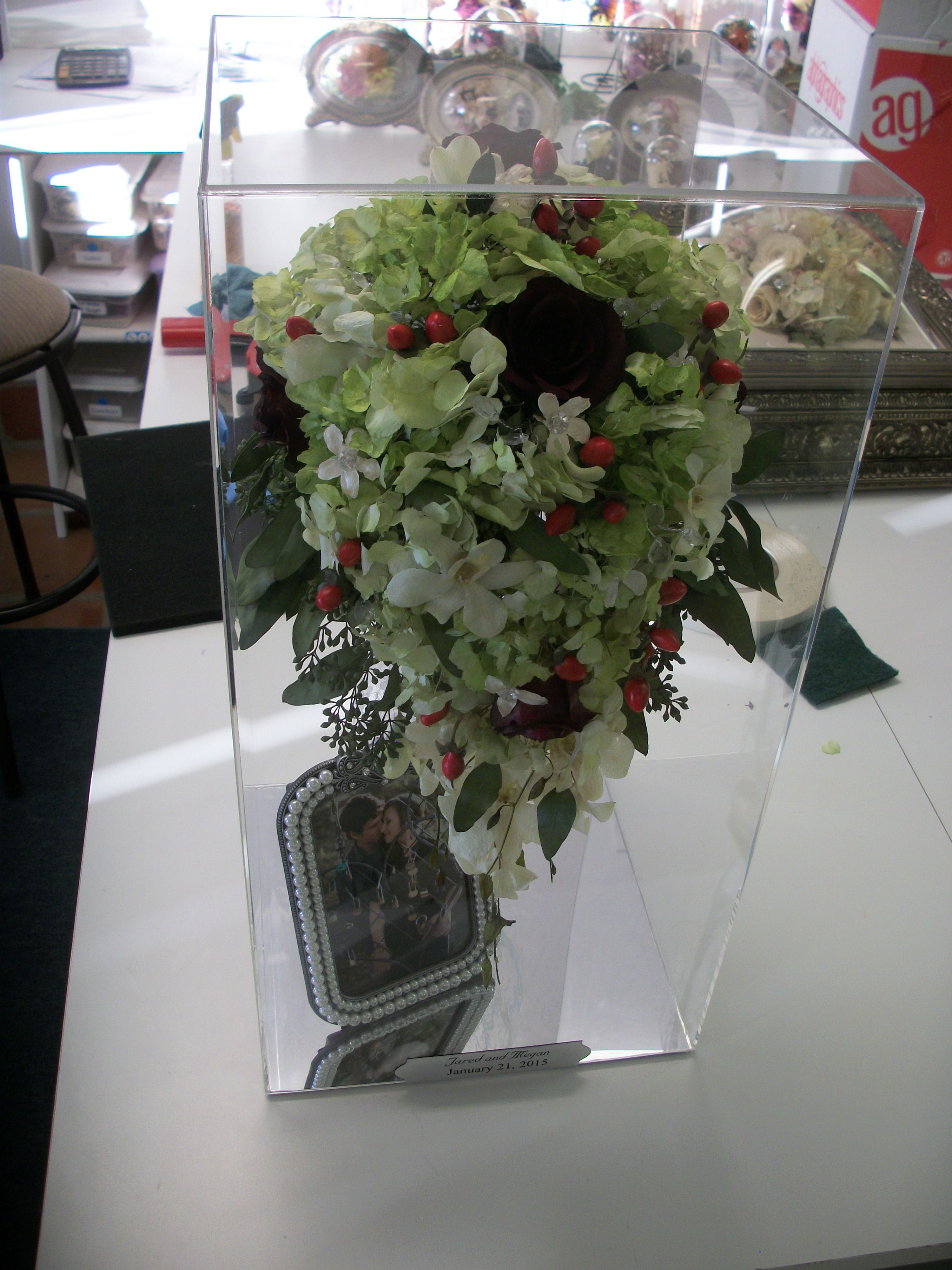 Do you wish that you had preserved your wedding bouquet