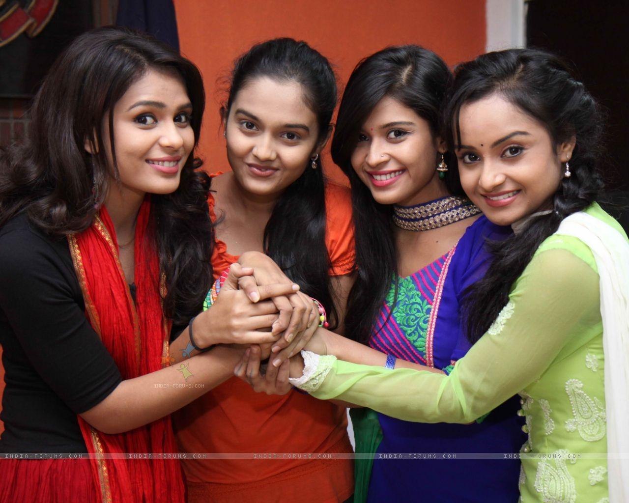 Karishma to slit her wrist in Shastri Sisters! in 2019 | Sister