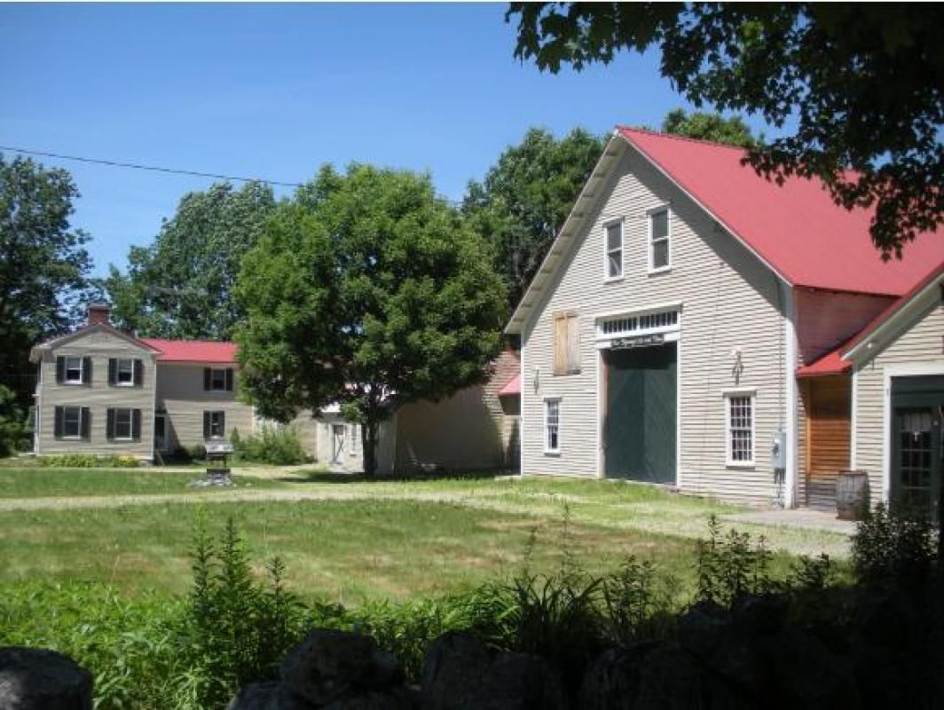 """Renovated 1788 Colonial Farmhouse in a """" Currier and Ives"""