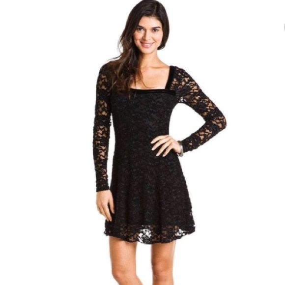 Final sale! Free People Lace Dress Perfect dress!  Goes with anything, is flattering, and comfy.  Bought from Nordstroms and worn once.  Would keep but is too big for me. Free People Dresses