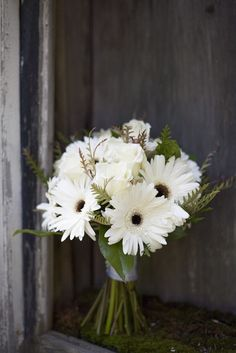 Autumn Bliss Real Vermont Wedding Daisy Bouquet Wedding
