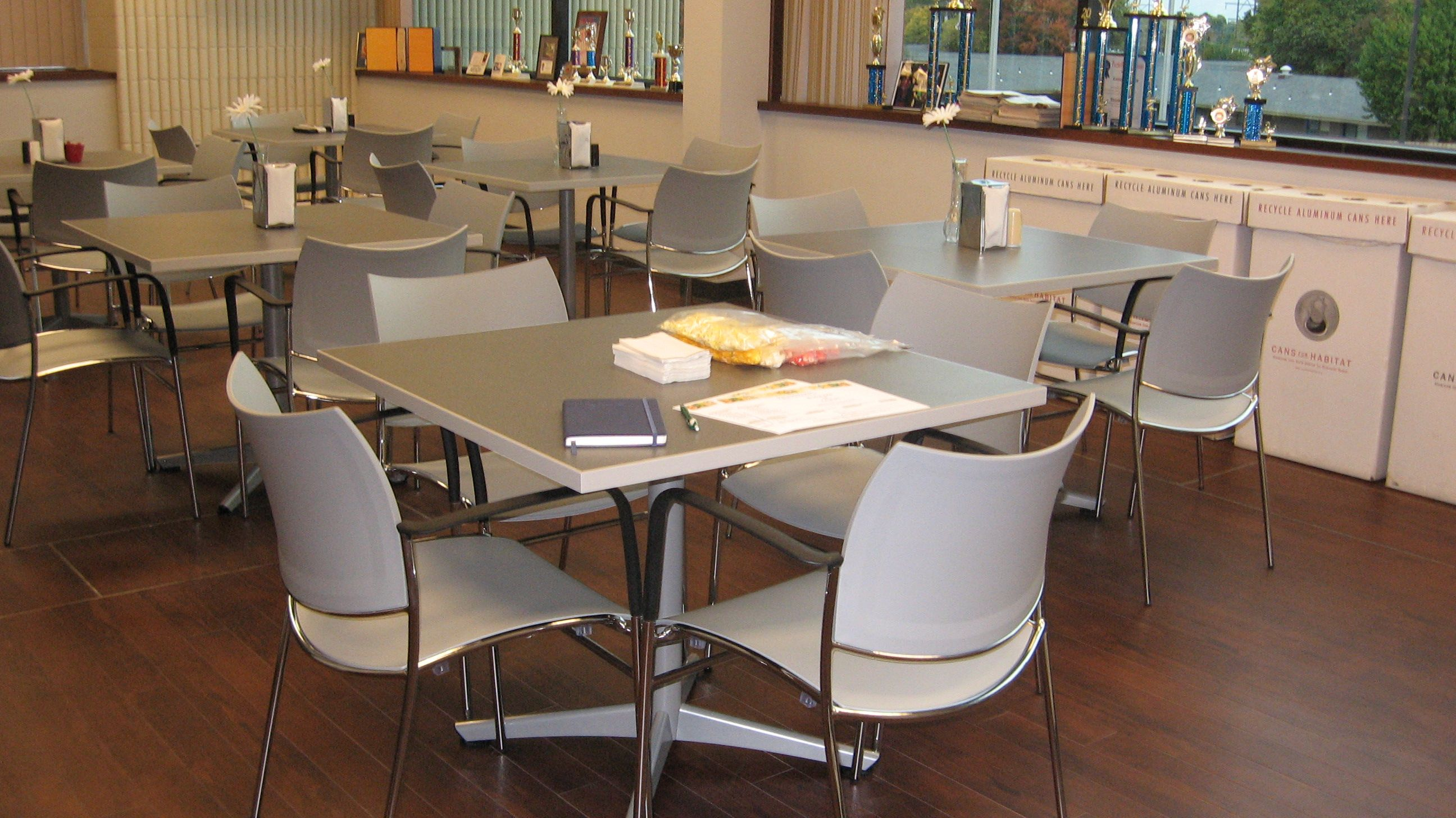 Commerce Bank Springfield MO Upwards Chairs And WaveWorks Table In Cafeteria Dining