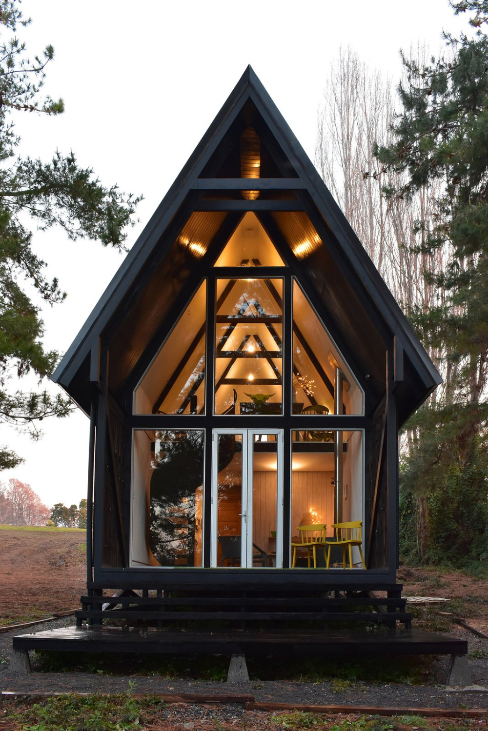 Photo 1 Of 11 In A Patagonian Prefab Cabin Is Built To Withstand In 2020 Gable House Prefab Cabins Prefab