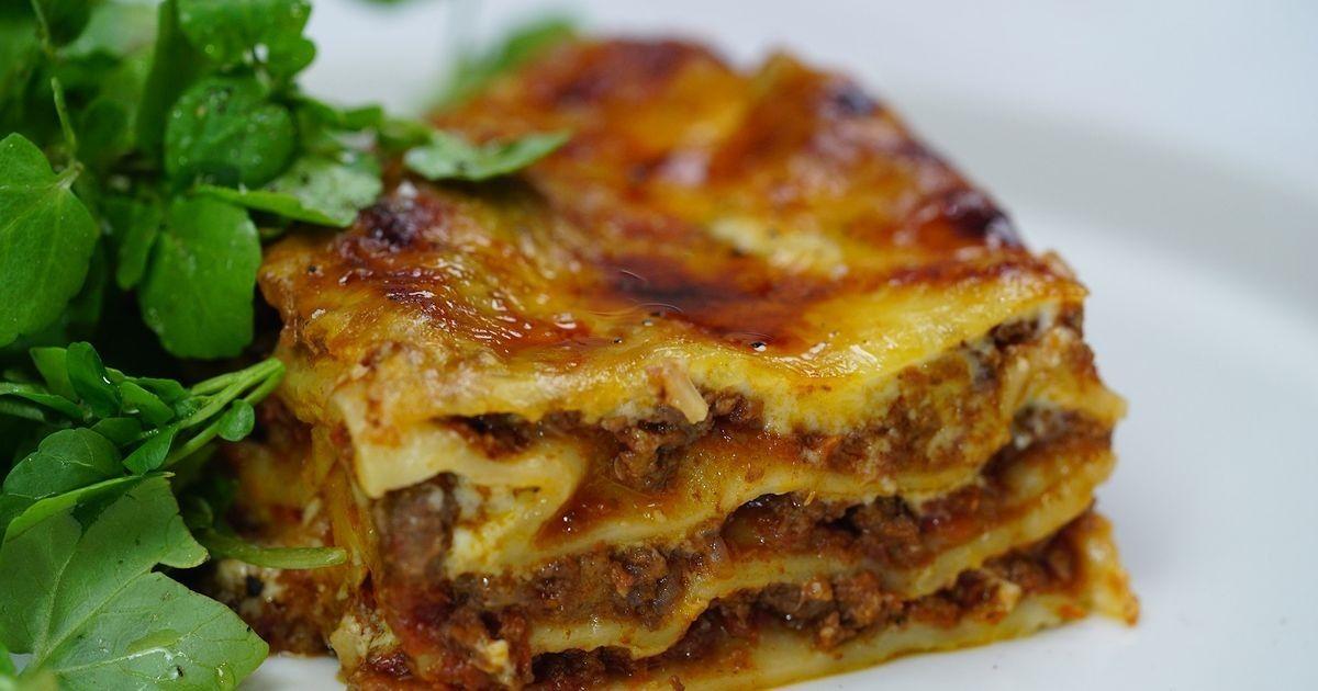Our Favourite Lasagne Recipe Food Recipes Mince Recipes