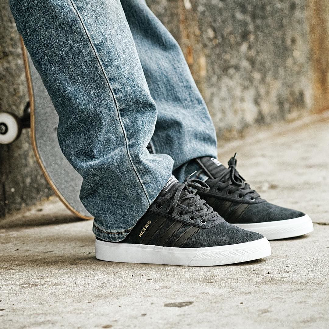 watch c01af 9fb95 New Adi Ease Premiere Alec Majerus colourway from  adidasskateboarding .  Nice classic styling  adidas  adidasskateboarding  alecmajerus   skateboarding ...
