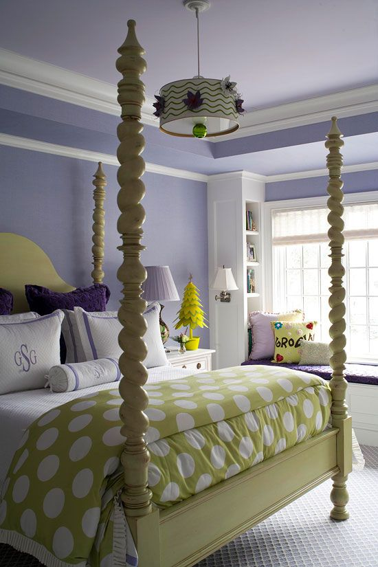 Lilac & Green bedroom, this is adorable ~ I'm thinking this might be a possibility for my bedroom as I already have light lilac walls!