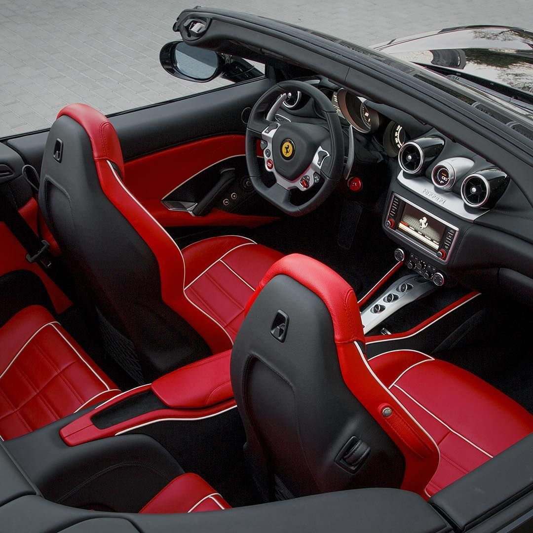 Red comfort. Ferrari Rosso Ferrari California T red and black ...