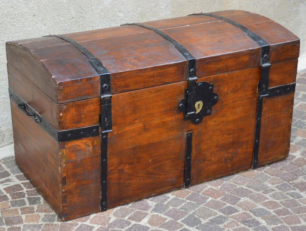 Antico baule forziere legno ferro battuto epoca 800 for Ebay arredamento antiquariato