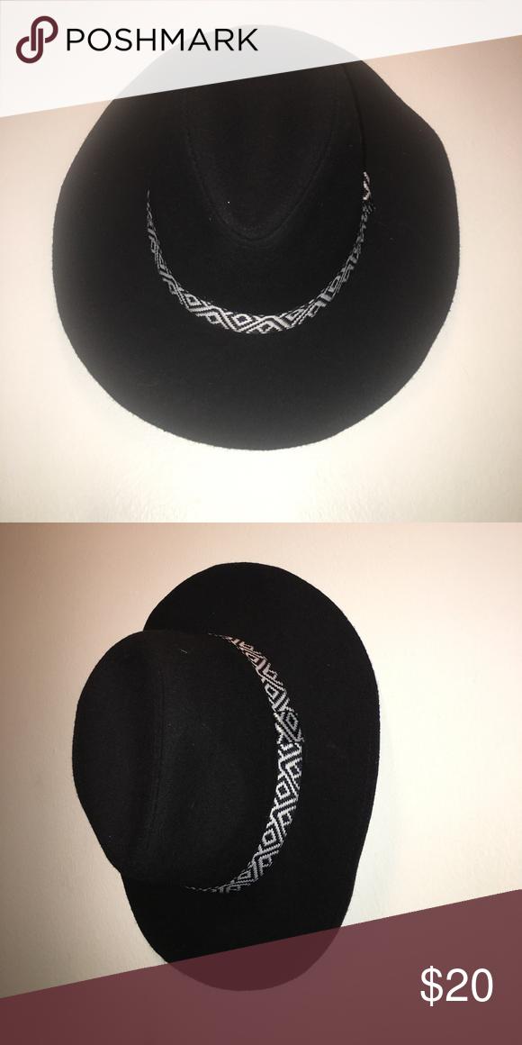 af7782303e4 WETSEAL FEDORA HAT! Black Fedora