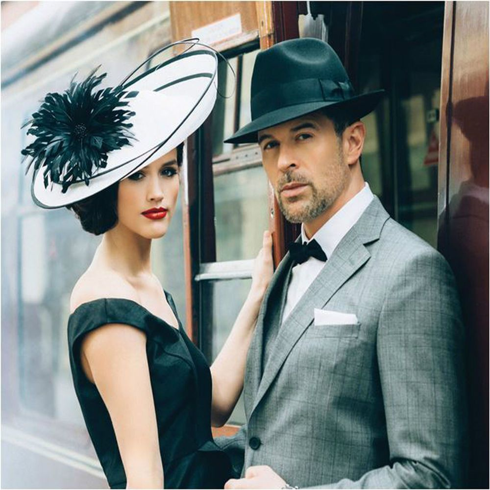 FAILSWORTH WHITE BLACK HATINATOR DISC HAT WEDDING OCCASION MOTHER OF ...