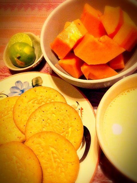 ビタミンいっぱ〜いo( ´ ▽ ` )o - 53件のもぐもぐ - トロピカルな朝食 by tobutori