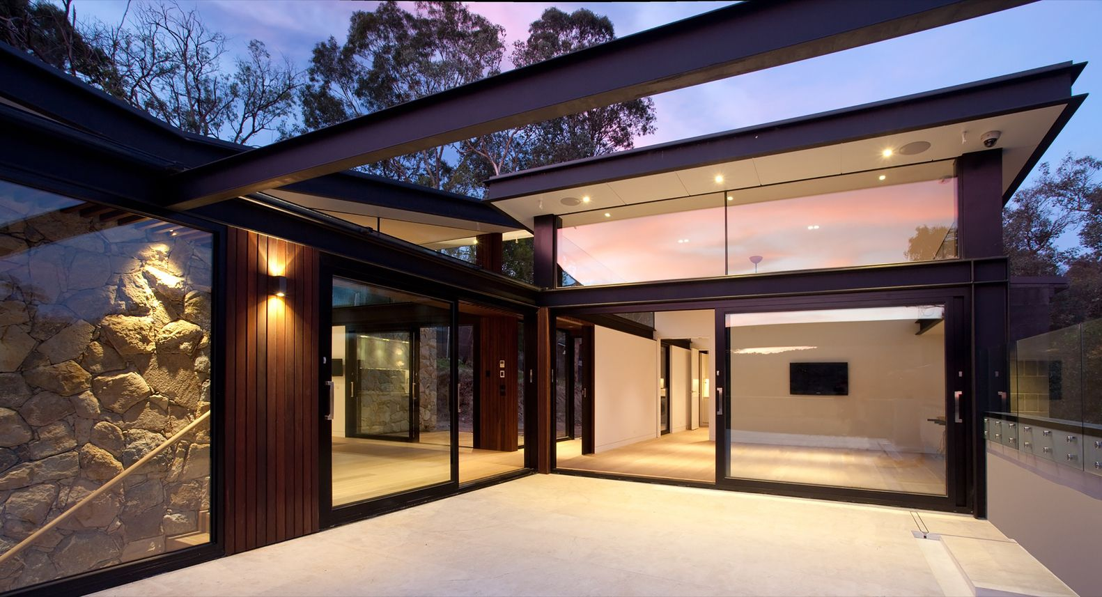 Warrandyte House,© Marvelle Photography