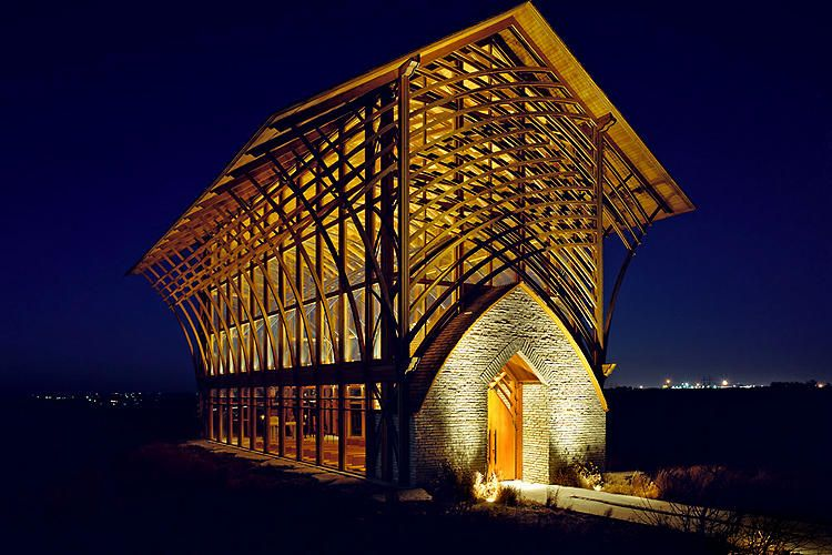 A stunning roadside church rises collapses then rises for E fay jones architecture