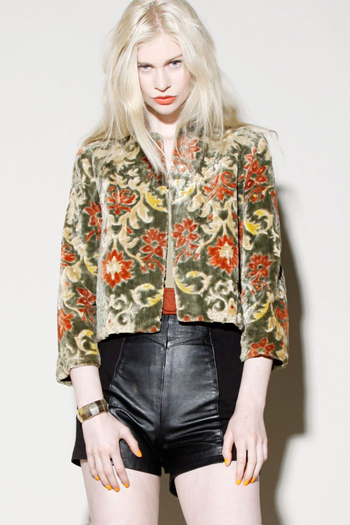 Vintage 1960s Lord & Taylor Tapestry Jacket http://thriftedandmodern.com/vintage-1960s-lord-taylor-tapestry-jacket