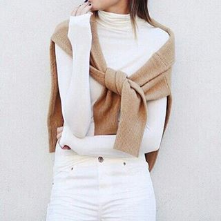Cashmere coming, straight ahead. \\\ Image via pinterest.com/sarahsarna . Love this look? I've linked to identical and very similar items at @liketoknow.it Just sign up (link in profile), double tap this image, and the exact and similar items will be sen