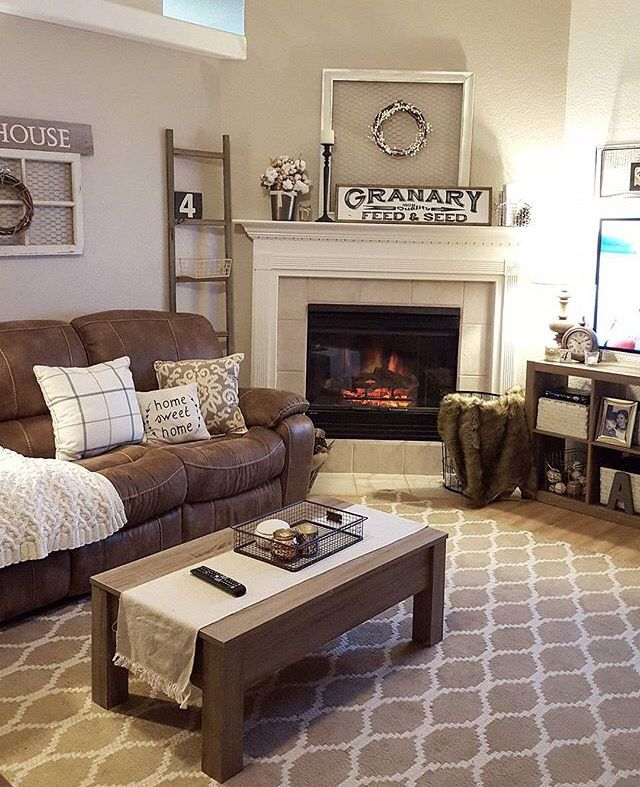 Nice Way To Fit Brown Recliner Into Decor Love The Rug