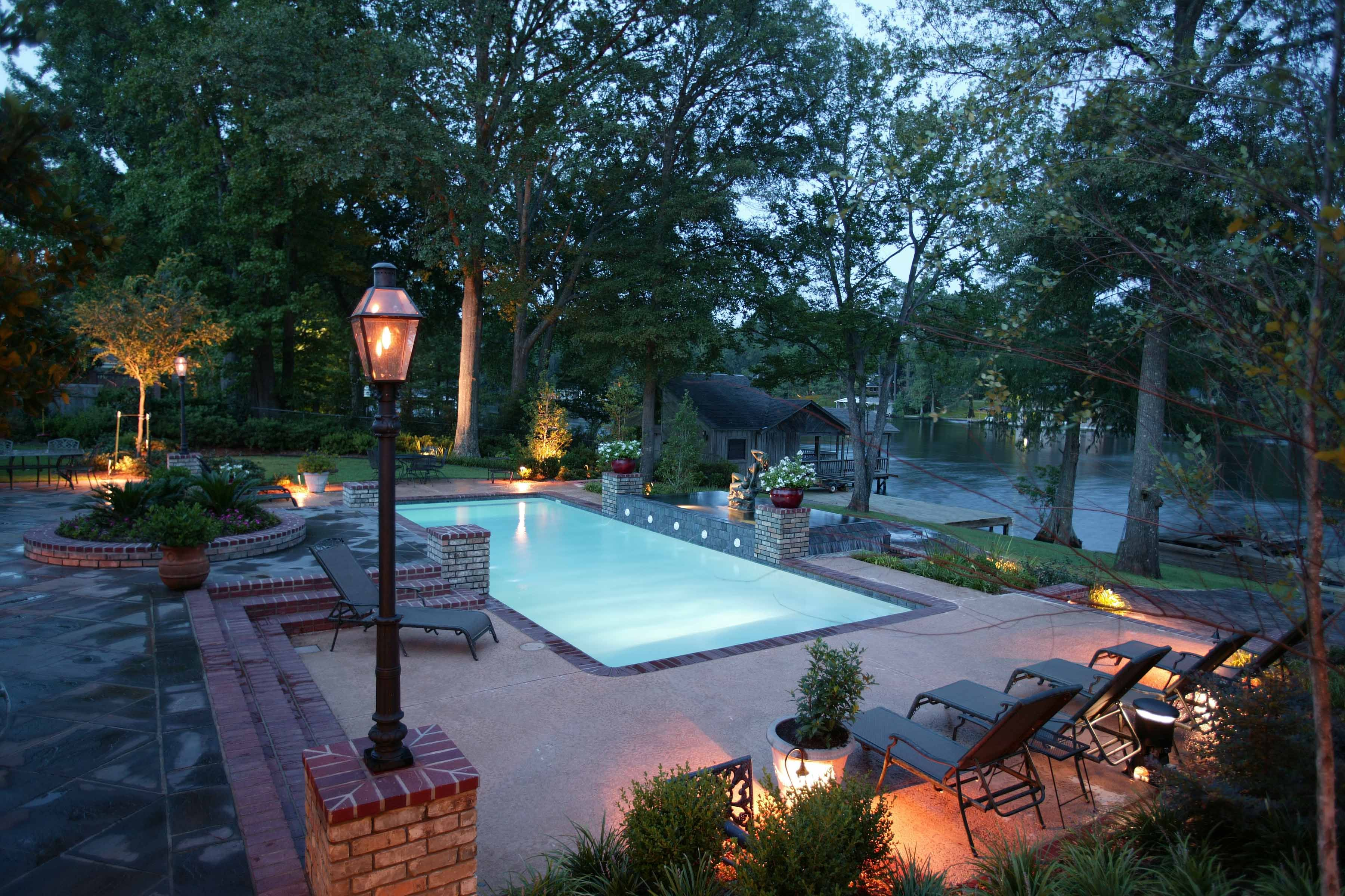 Royal Fiberglass Pools By Trilogy Saltwater Pool Spa By Dolphin
