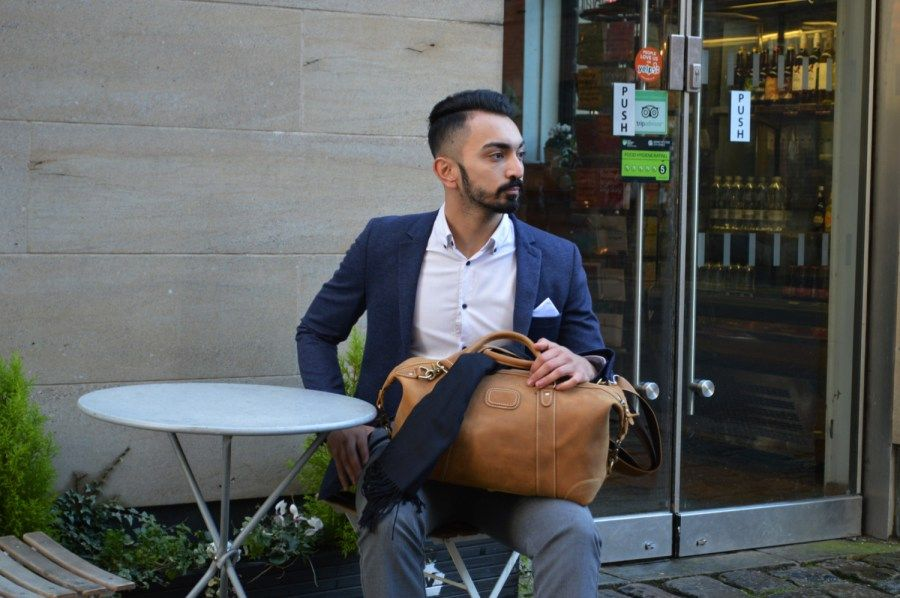 Kurtis Paul - Designer Mens Bags - The Cromwell Leather Duffle Bag - Crafted from high quality top grain leather to create the perfect multi purpose mens bag. Perfect for the office, weekends away or the gym.