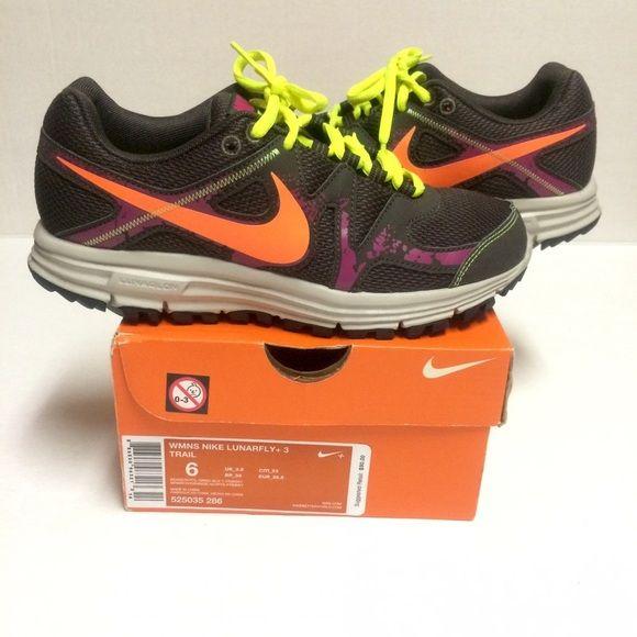 Womans Nike Size 6. Excellent condition.