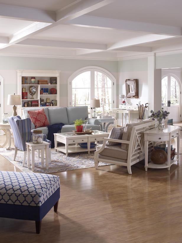 Transitional | Living Rooms | Shelly Riehl David : Designer Portfolio : HGTV    Home U0026
