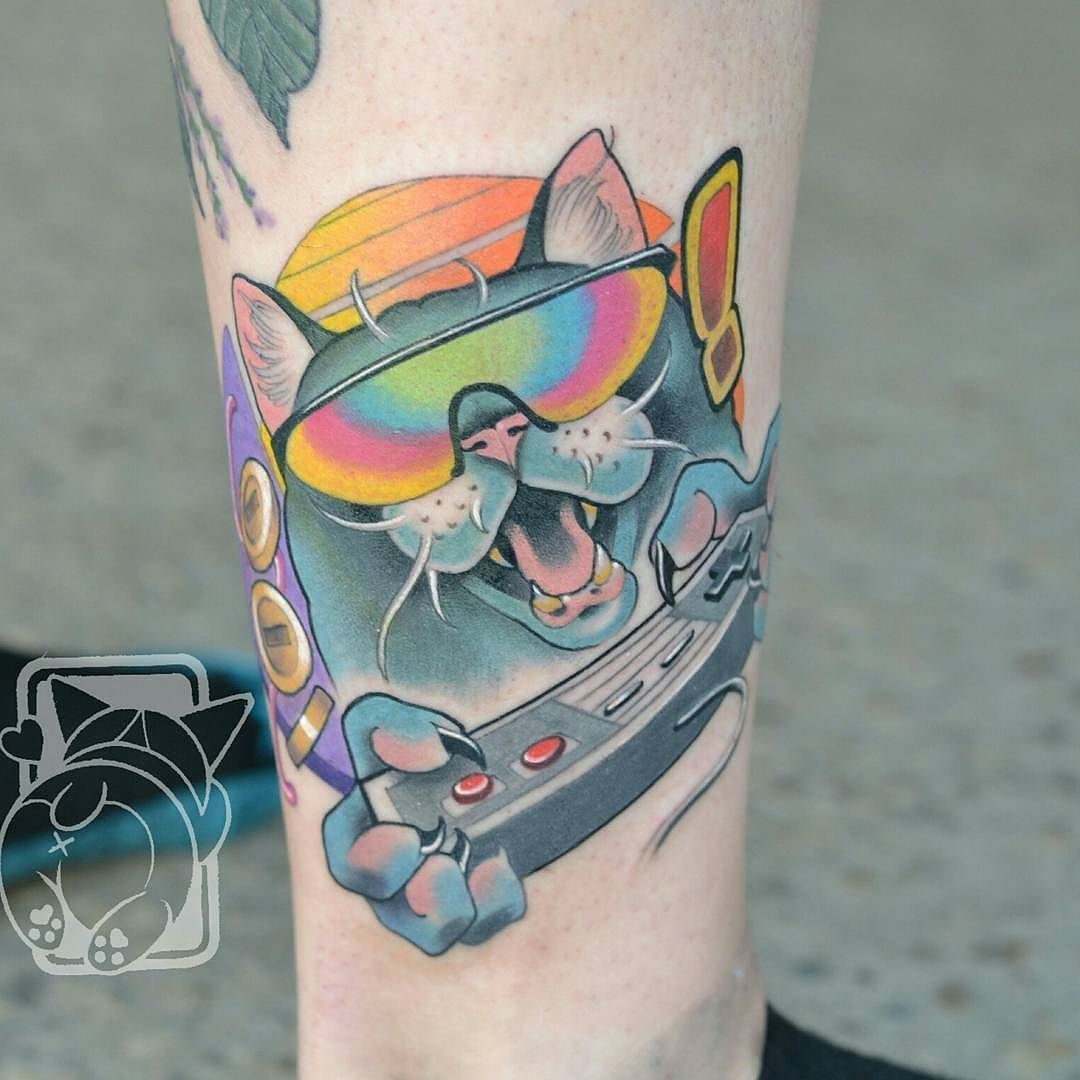 80 S Nintendo Kitty Tattoo By Mitchelmonster At Atomiczombie In Edmonton Alberta Mitchelmonster Atomiczo Nintendo Tattoo Henna Tattoo Temporary Cool Tattoos