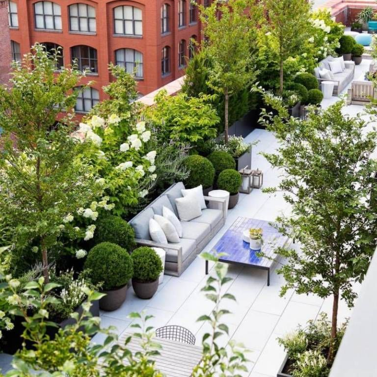 Wonderful Rooftop Garden Design For Home That Enchanting In 2020 Roof Garden Design Rooftop Garden Urban Rooftop Garden