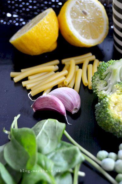 Brokkoli, Spinat, Knoblauch und Zitrone - Köstliche Kombination