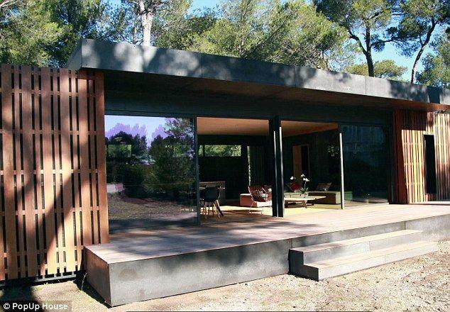 The Flat Pack House That Slots Together Like Lego Architecten Huis Voor Het Huis