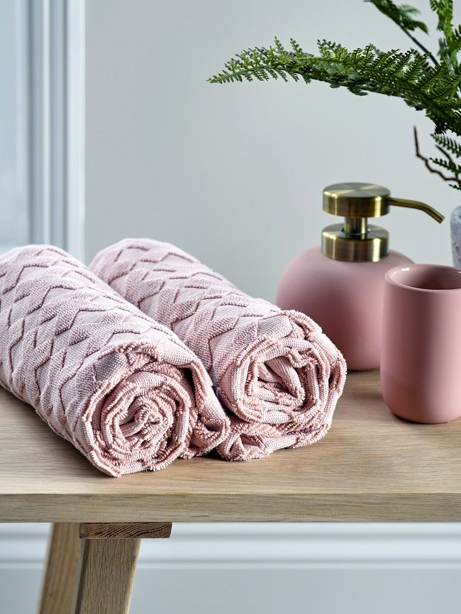 pink bathroom ideas cotton towels