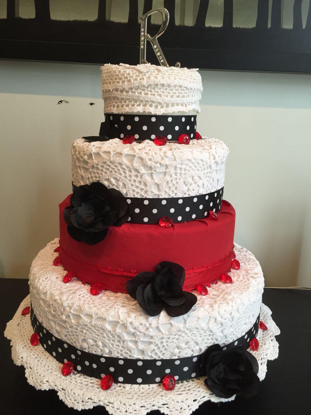 Pastel Hecho con tela  y tejido  en crochet para boda o otra ocasión una opción  en vez de pastel   DIY Wedding Cake with fabric and crochet.