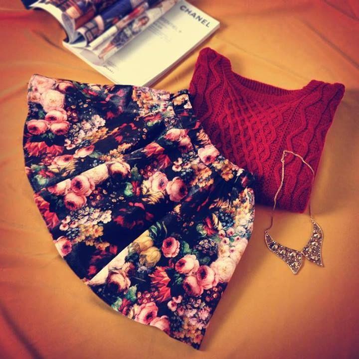 Red Elastic Waist Floral Flare Skirt