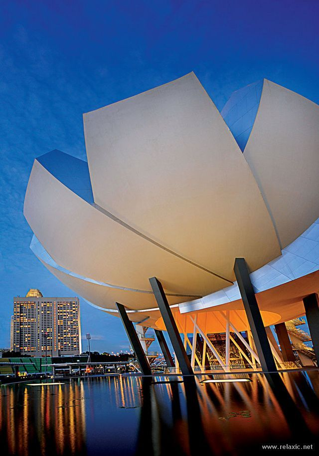 Art science museum singapore see more in real wowz architecture ☮k☮