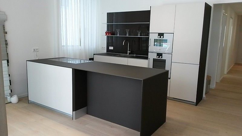 valcucine musterk che valcucine moderne glas k che mit. Black Bedroom Furniture Sets. Home Design Ideas