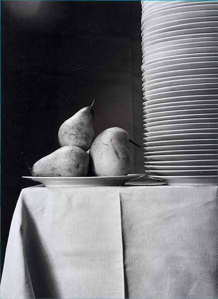 Emmanuel Sougez Trois poires 1934 Tirage argentique 37 x 27 cm