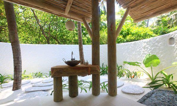 outdoor tropical bathroom Bathrooms Pinterest