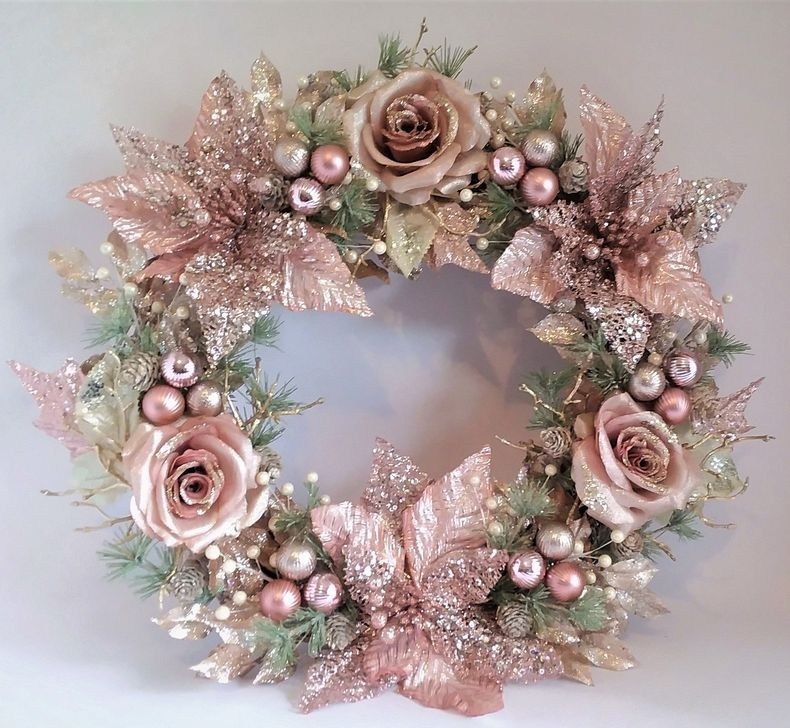 50 Cool And Creative Shabby Chic Dining Rooms: 60 Unique Christmas Wreath Decoration Ideas For Your Front