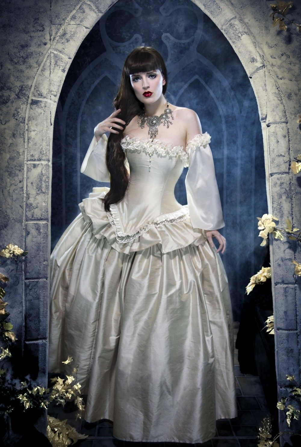 images of gothic women dressed in white Victorian