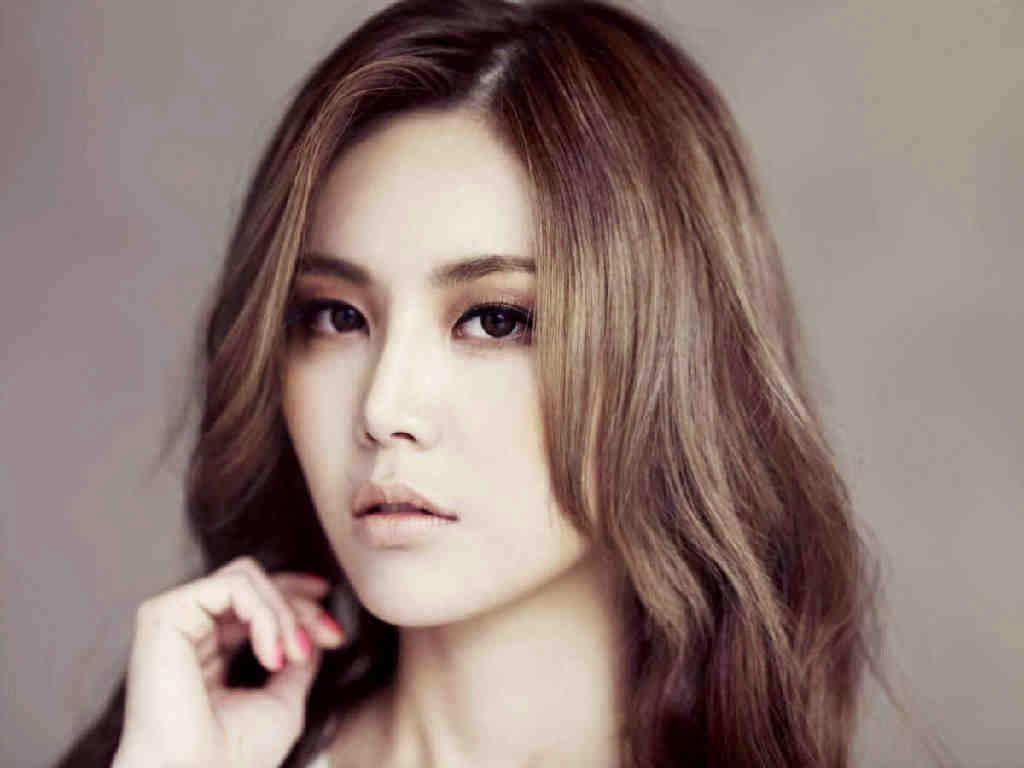 Brown Eyed Girl Kpop Idols Profiles Brown Eyed Girls Hair Beauty Brown Eyes