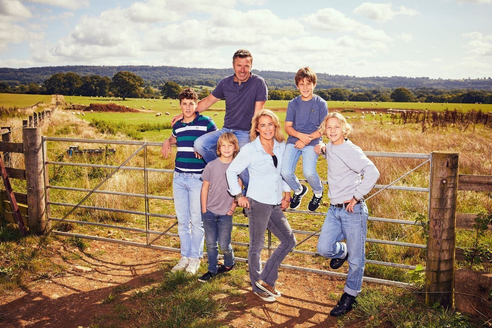 Follow Sarah Beeny S Ambitious Renovation Project With New Channel 4 Series 1004 Home Flower Arrangements Renovation Project News Channels