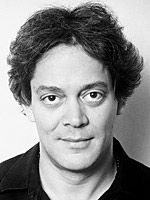 If only I could have the passionate eyes of Raul Julia.